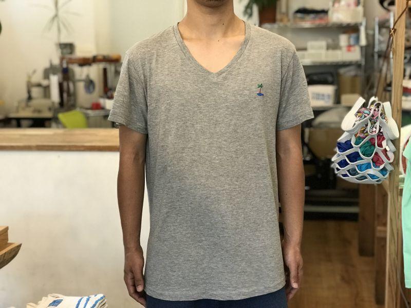 画像4: サカナイランド - VネックTシャツ